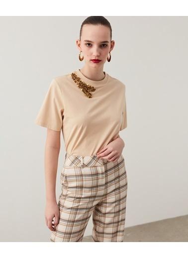 Ipekyol Kadın İşleme Detaylı Tişört IS1210070043AB1 Ekru